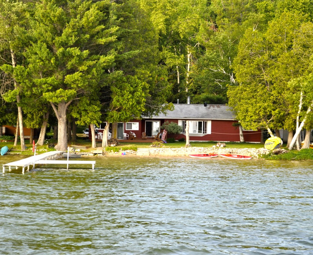 Lakeview property management northern michigan vacation for Fishing cabins in michigan