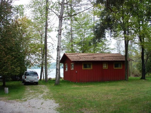 Lime haven south cottage lakeview property management for Glen haven co cabin rentals